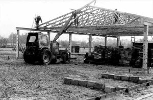 in den darauffolgenden zwanzig Jahren wurde die Kelterei immer wieder erweitert und verdrängte somit den anfänglichen Landwirtschaftsbetrieb zunehmend